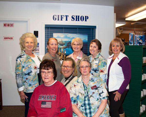 GIft Shop Docents